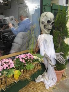 rockport-cafe-skeleton-10_09
