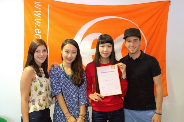 Hyedo with her certificate for learning English at EC Brighton
