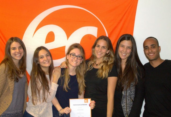 Carolina Pons with her certificate for studying English at EC Brighton
