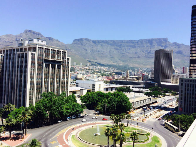 Cape Town city centre, a few minutes away from EC Cape Town