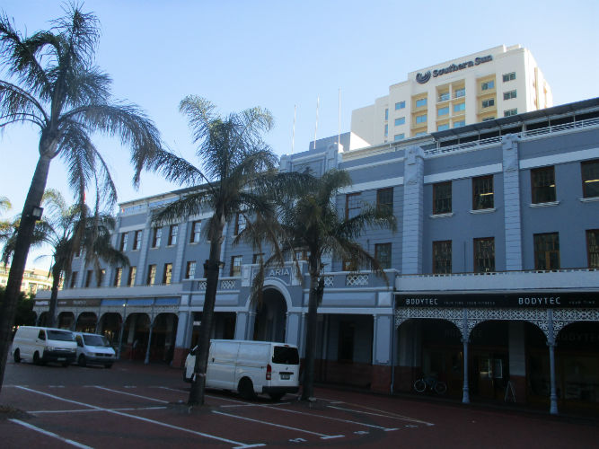 EC Cape Town is ideally located in the heart of the Mother City.
