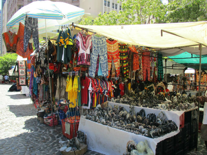 Markets like these can be found everywhere in Cape Town. Probably the best value for EC Cape Town students