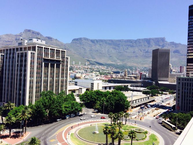 EC Cape Town is ideally located in the city centre
