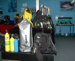 scuba_equipment_supplier03sm
