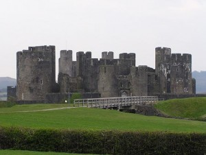 1397319-caerphilly_castle_8_miles_n_of_cardiff-wales1