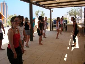 waka-waka-interactive-dance-class-001