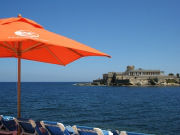 beach_club_umbrella-w800-h600
