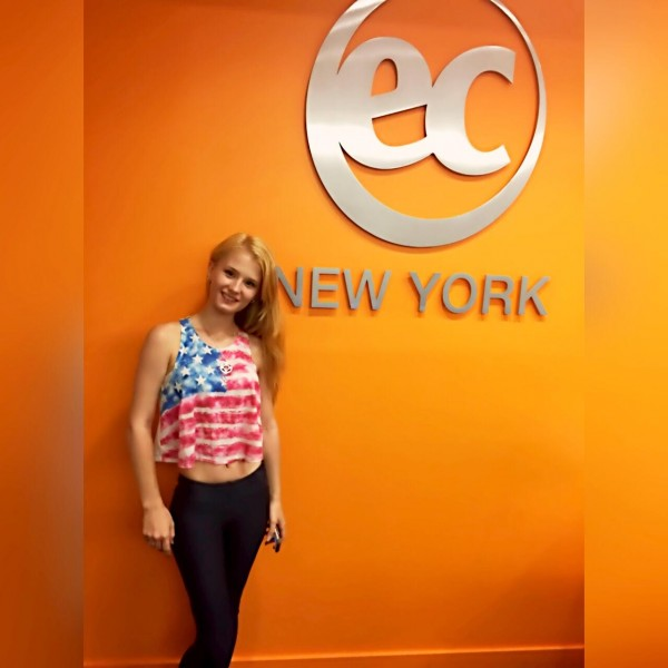 Elizaveta from Russia's student testimonial - EC New York English School
