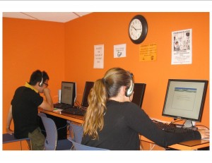EC San Diego TOEFL students practise their listening skills.