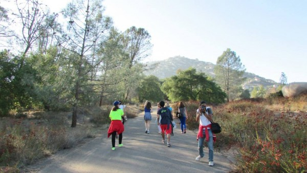 EC San Diego English School Students trek to Cowles Mountain