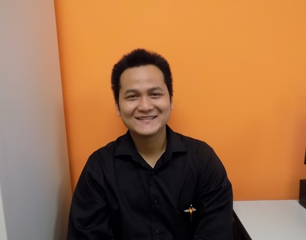Ryan Ngyuen from Vietnam in the new student intern at EC Miami English School