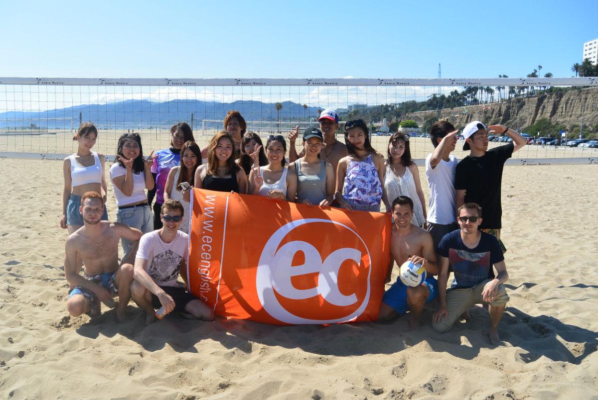 beach volley ball in santa monica