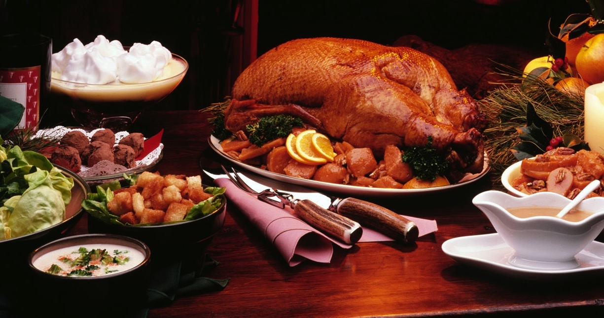 Thankgiving Lunches and Dinners typically look like this