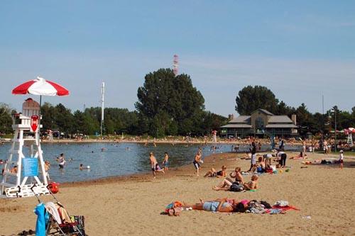 Jean-Drapeau-beach_Tiago-Bortoletto-Vaz