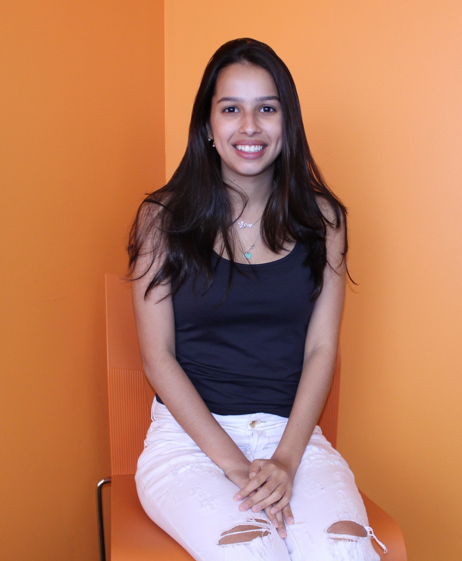 Maria Carolina Lima Santoro from Brazil is taking an English course in Montreal with EC: