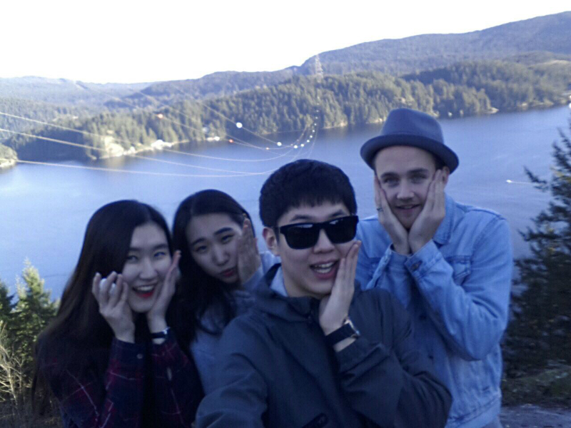 Dasom and her friends at Deep Cove
