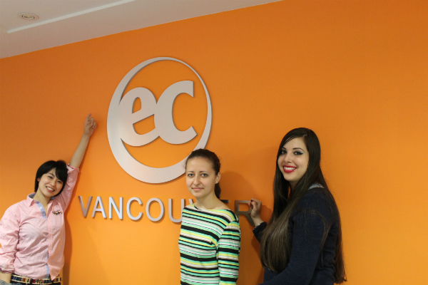 "EC Vancouver English School students visit ""i-Exit""!"