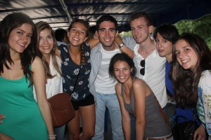 Students learning English in Oxford enjoyed a boat party