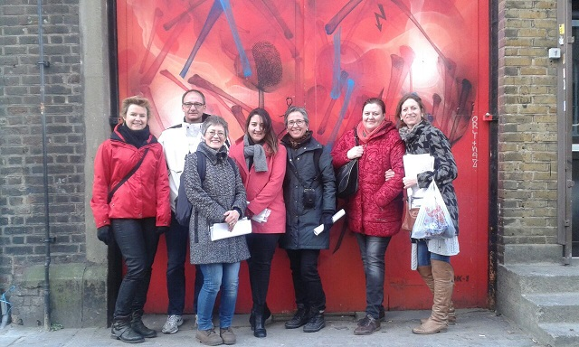 EC Covent Garden students learning English on a guided tour of graffiti in Shoreditch!