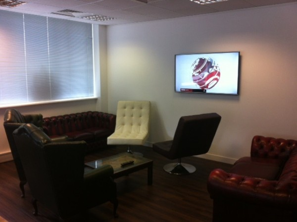 if you're studying English at EC LONDON 30+, you can relax in our lounge area