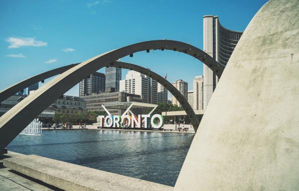 Toronto_City_hall