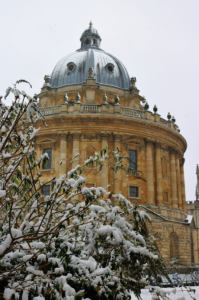 EC Oxford English School students enjoy Oxford in the snow