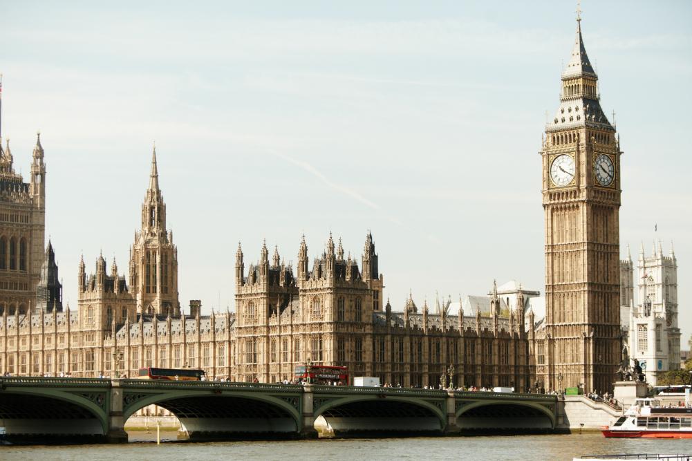 English Language Courses in London | Delfin English School ...