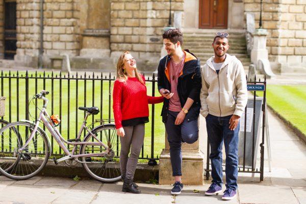 English students at EC Oxford