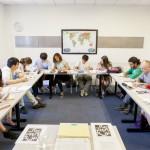 estudiantes estudiando ingles