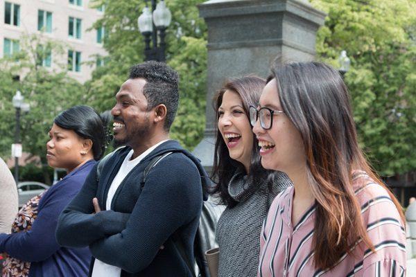 Estudiantes felices en Boston