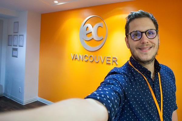 Profesor De EC Vancouver