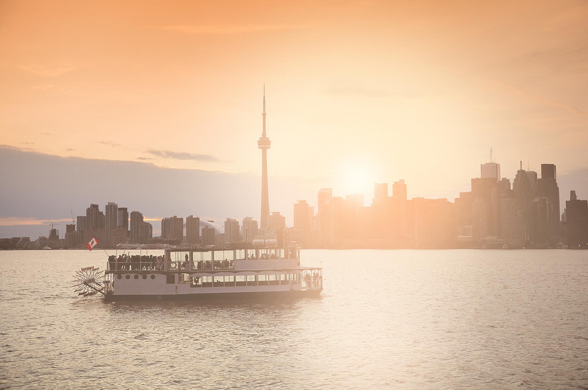 Fiesta en un bote, Toronto