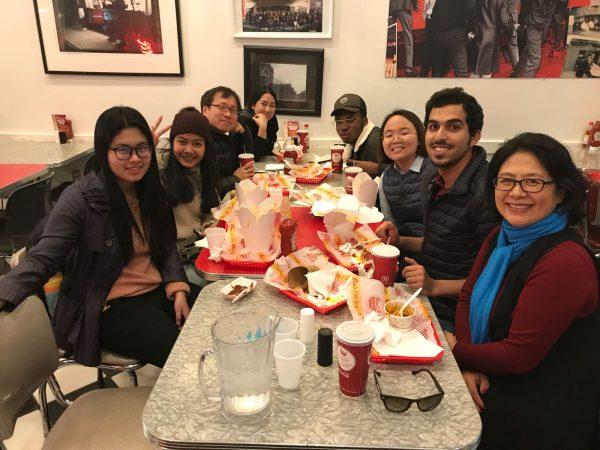 EC Washington ESL Center students dine at famous D.C. restaurant