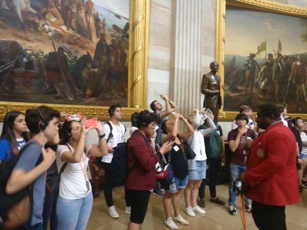 Students tour the Capitol