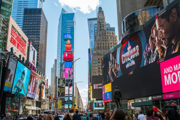 By choosing an English language course in New York, you will immerse yourself in the local culture.