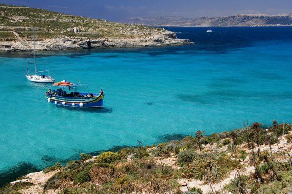 Depois das aulas de inglês, aproveite o mar de Malta, onde foi gravado o filme Capitão Phillips