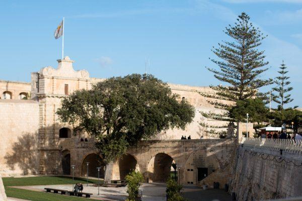 Venha fazer um intercâmbio em Malta e visite alguns locais que serviram de cenário para GOT
