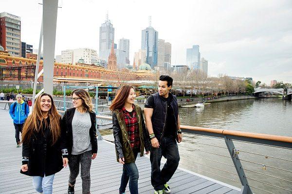 Estudantes em Melbourne