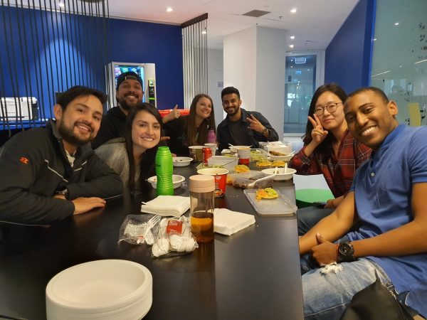 EC Melbourne students sharing food from home
